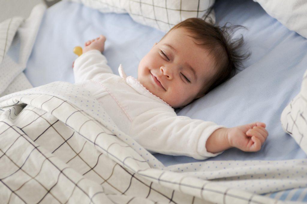 kid having peacefull sleep