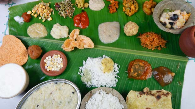 FOOD PROVIDED FOR GUEST IN BANANA TREES LEAFS .