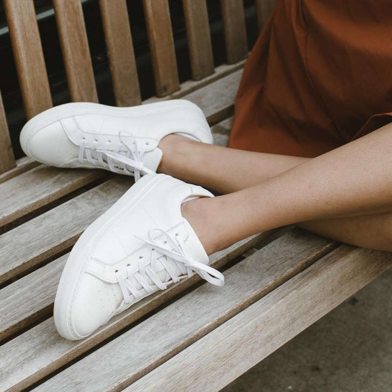 white sneakers flats
