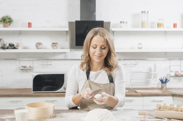 side hustle tips to create wealth, follow your passion work extra hours say bake