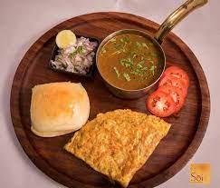 ROS OMLETTE, Goa, street food